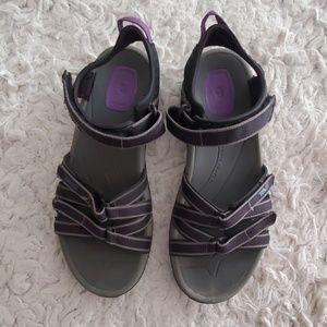 Teva Hiking Sandals 8